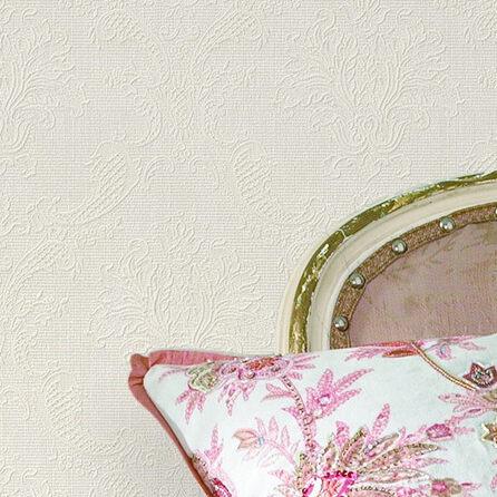 这款暗纹压花的墙纸,采用欧式古典花型,细腻微雕的纹理,.